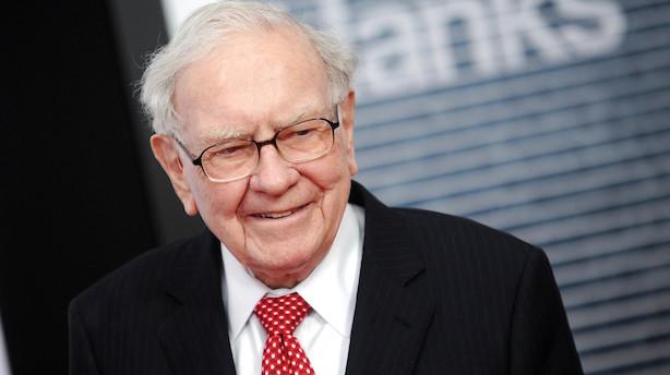 Warren Buffet satser 4 mia dollar på sin ven Dimon og storbanken JP Morgan Chase