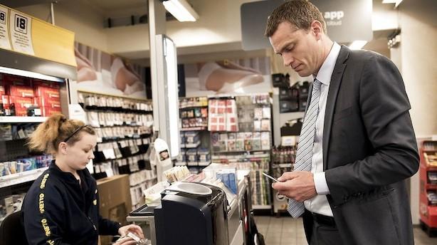Av, Nets: Mobilt dankort får stadig bundkarakterer på stribe
