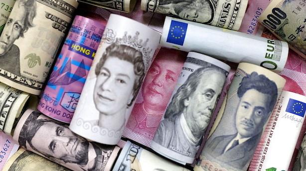 Valuta: Rentebund under dollar mens pund går usikker tid i møde