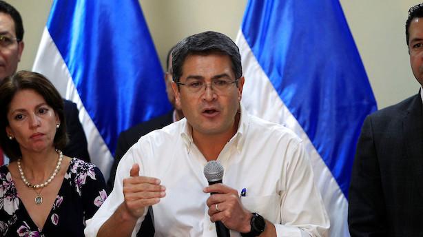 Honduras' præsident åbner for omtælling efter omstridt valg