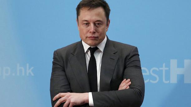 Elon Musk betaler 20 mio dollar i bøde og stopper som bestyrelsesformand