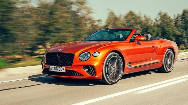 Bentley Continental GTC: 12-cylindret magtdemonstration er god for 333 km/t