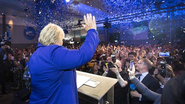 Solberg tager ny regeringsdannelse i afslappet tempo