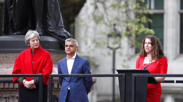 Briterne må stemme om brexit igen, lyder det fra borgmester i hård kritik af Theresa May