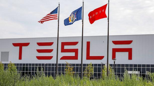 Klø til Tesla - men uvished lægger dæmper på amerikanske markeder