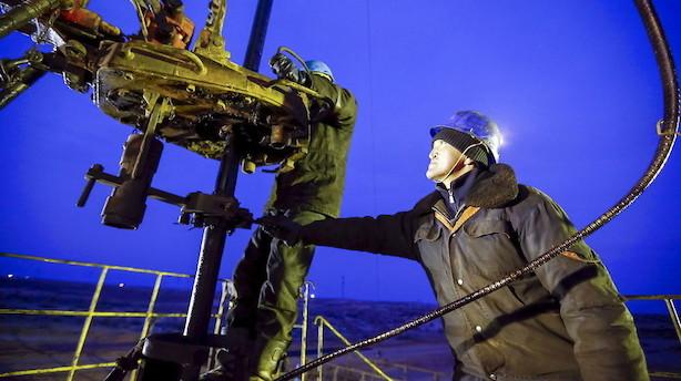 Råvarer: Høj oliepris og dyk i guld- og ædelmetaller