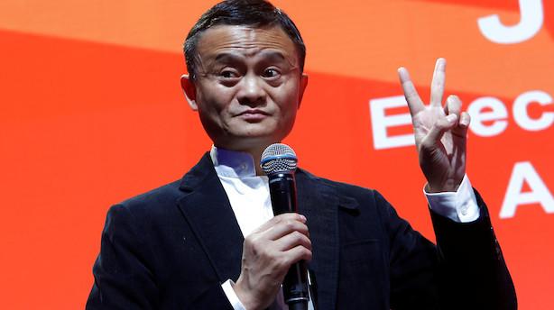 Alibaba-aktionærer siger ja til aktiesplit: Kan være skridt mod mulig børsentré i Hong Kong