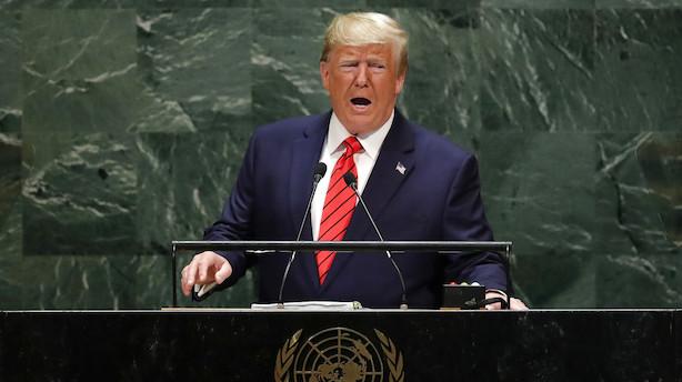 Aktiestatus i USA: Trump punkterer stemningen - Apple fortsætter op