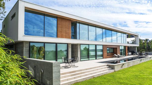 500 m2 beton-superbolig midt i den rå natur