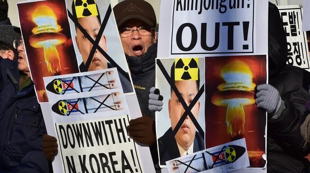 Kina og Sydkorea skal fredag dr�fte Nordkoreas atomtest