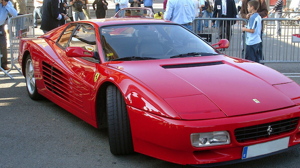 Ferrari-aktien soler sig i positiv analyse og springer op på børsen