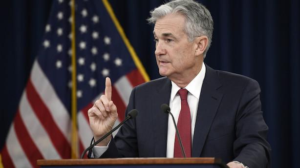 Obligationer: Marginalt rentefald i afventende marked