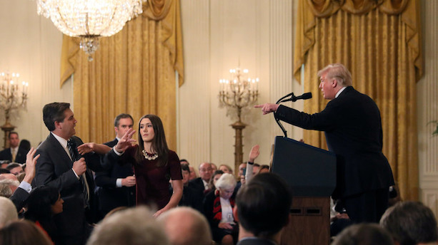 Det Hvide Hus kan have delt manipuleret video fra pressemøde