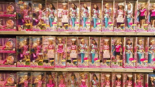 Forsigtigt Barbie-boom hjælper Mattel gennem trægt 2015