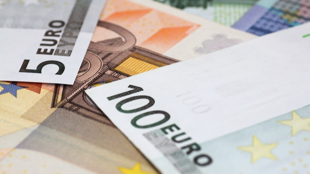 Valuta: Sidelæns handel i stabiliseret marked