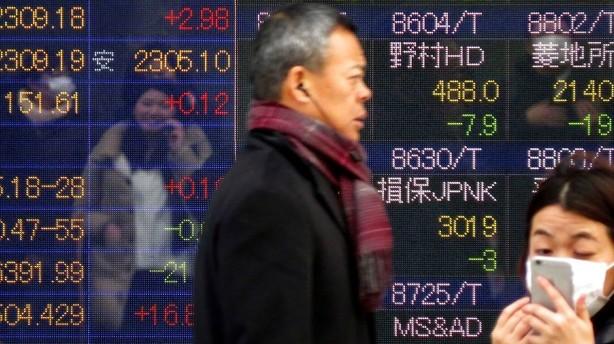 Valuta: Yen styrkes efter fornyet flugt mod sikkerhed