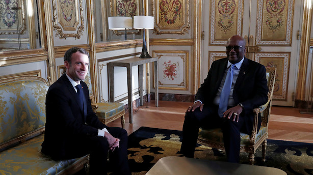 Burkina Fasos regering træder tilbage