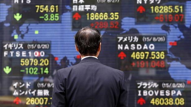 Aktier: Investorer i Asien venter på Fed-chef-kommentarer