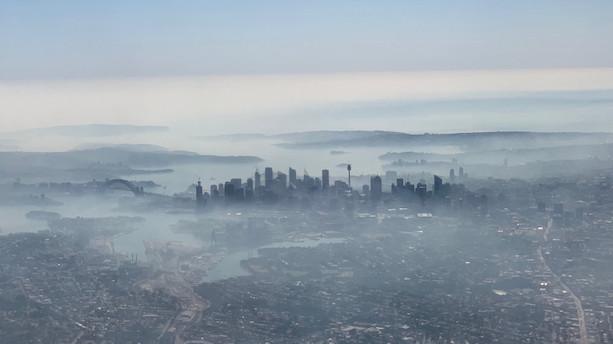 Brand i verdenskendt nationalpark indhyller Sydney i farlig røg