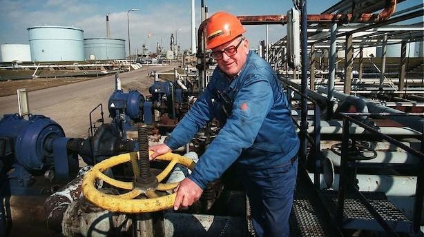 Aktier: Olieaktier og Deutsche Bank trak ned