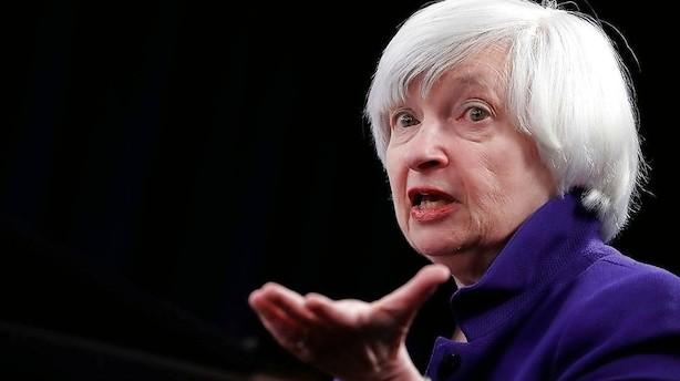 Duer og høge slås i den amerikanske centralbank