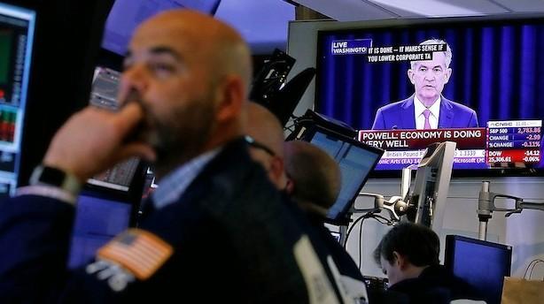 Aktier: Trumps handelskrig sender aktierne i dybet på Wall Street