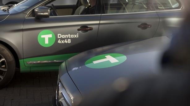 Kapitalfond køber Danmarks største taxaselskab