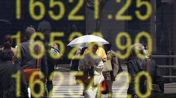 Aktier: Pæne stigninger sender bredt Asien-indeks til ti års top