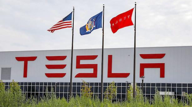 Teslas bestyrelse vil mødes med finansielle rådgivere