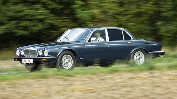 Er en 12-cylindret Jaguar en drømmebil eller et økonomisk mareridt?