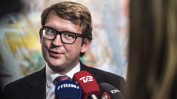 EU er tæt på at indføre øremærket barsel til mænd i Danmark