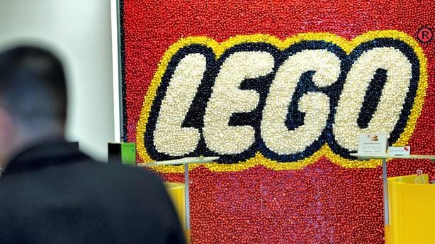 Lego bygger fabrik i Kina