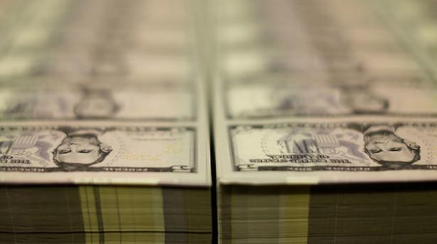 Valuta: Amerikanske dollar ligger lunt mens australske dollar svækkes