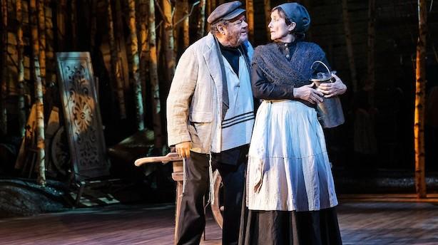 Tommy Kenter slutter sin teaterkarriere på toppen på Det Ny Teater