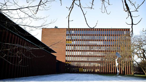 FLS køber laboratorie-firma med 130 ansatte