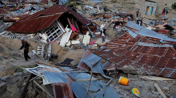 Kraftigt jordskælv skaber panik på indonesisk øgruppe