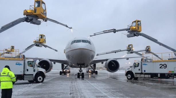 Roskilde-firma spinder guld på at fjerne is fra fly