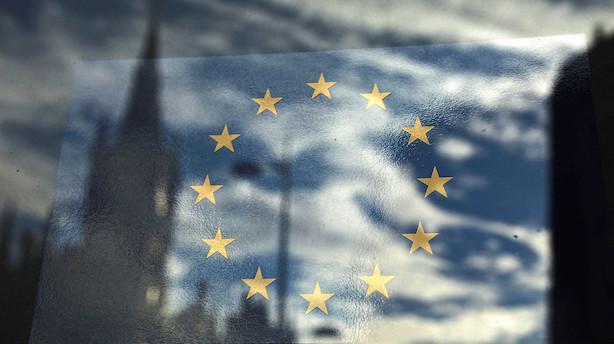 artikel flere banker kaster kaerligheden paa frankfurt.