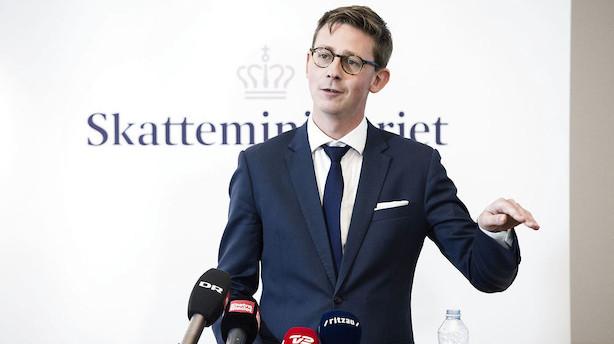 Minister åbner slagsmål om skattekommissions opgave