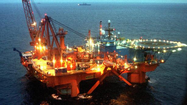 Billig olie trækker eksporten ned