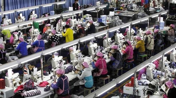 Kina: Eksporten faldt overraskende meget i februar