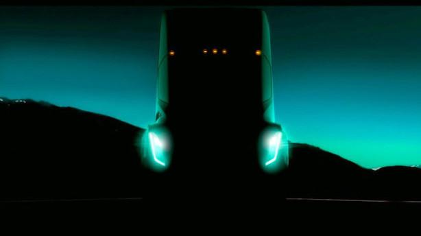 Musk om ny Tesla-lastbil: Et bæst