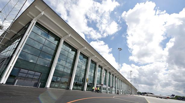 Thomas Hugo Møller er pilot, arbejder i Aalborg Lufthavn og sælger dyrefoder: Nu starter han et nyt flyselskab