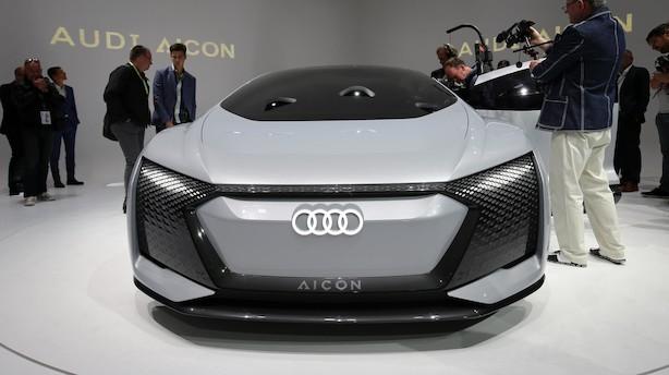 Tysk bilindustri: Nu er der kun to år til elbilerne kommer