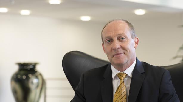 Sydbank køber op i DLR for at hjælpe banker i nød