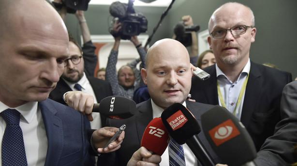 Konservative fastholder mistillid til Eva Kjer