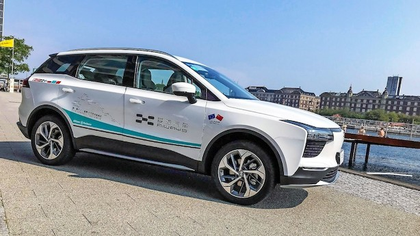 Nyt bilmærke vil lancere stor eldrevet familie-SUV i Danmark til under 300.000 kr.