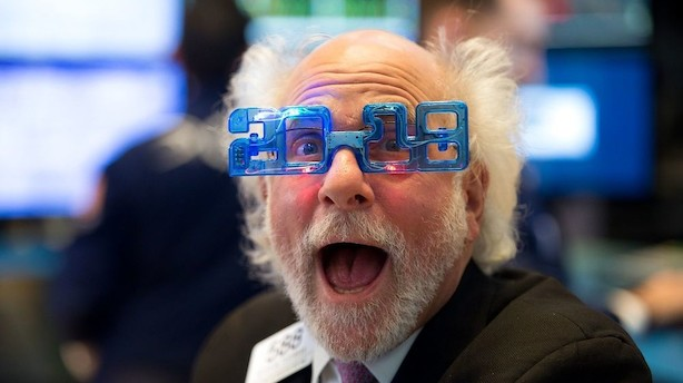 For første gang nogensinde: Dow Jones lukker over kurs 26.000
