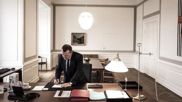 Her er Løkkes drejebog for trepartsforhandlingerne