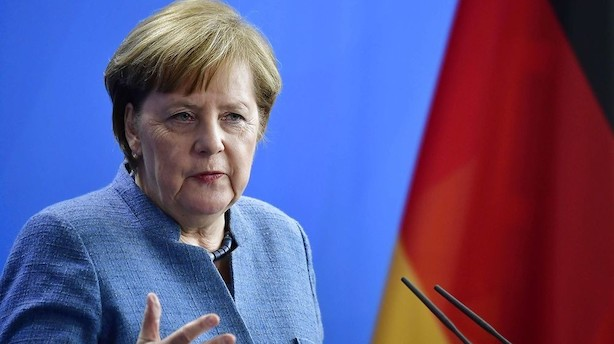 Tyske socialdemokrater siger ja til regering med Merkel